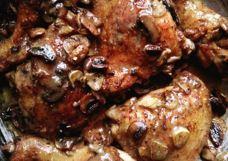 Recipe of Super Quick Homemade Garlic Mushroom Chicken