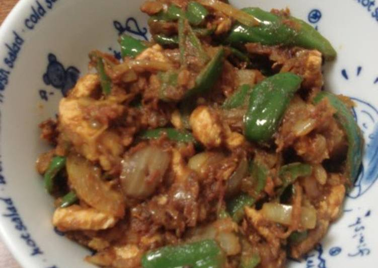 Indian Green Bell Pepper And Chicken Curry: Home Style Chicken Jalfrezi Finding Healthful Fast Food