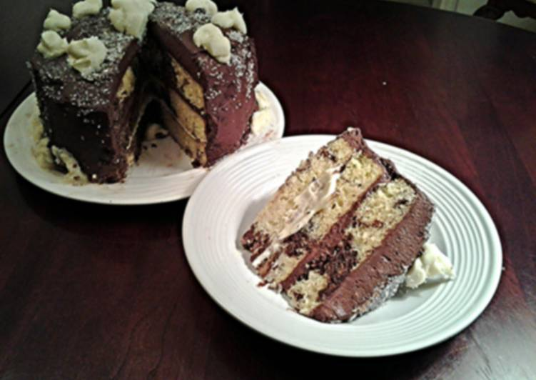 Recipe: Appetizing Marble Cake with Whipped Dark and White Chocolate Ganache Frosting1