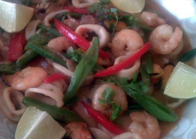 Vickys Thai-Style Seafood Curry, GF DF EF SF NF