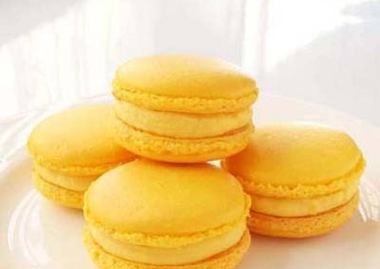 Recipe of Any-night-of-the-week Lemon Macarons with Italian Meringue