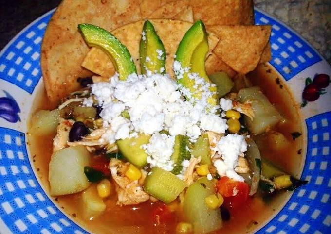Ray's' Chicken Tortilla Soup