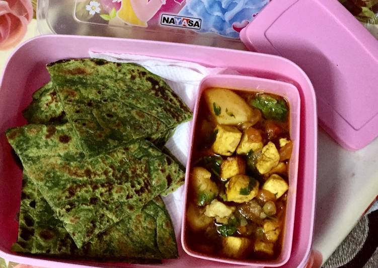 How to Prepare Super Quick Homemade #Healthy tiffin recipe #thc #post-2 #3-july #spinishparathawithaalupaneer
