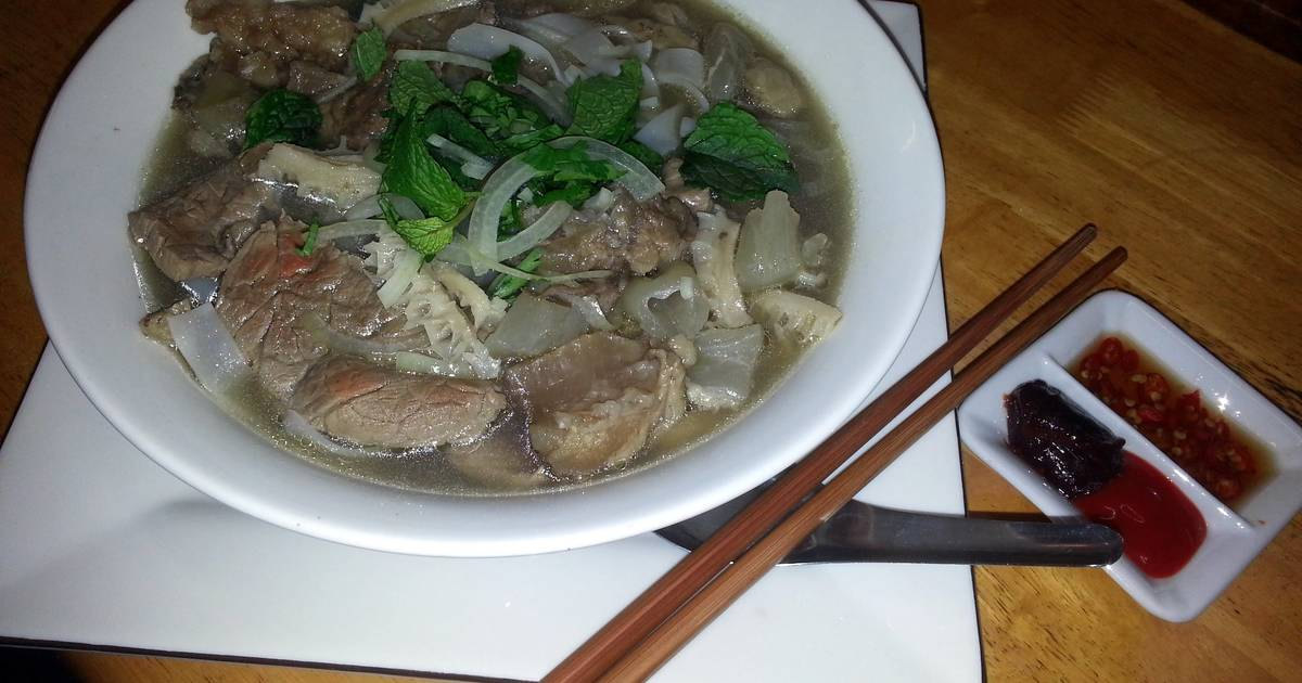 Pho Special Beef Noodle Soup Recipe By Dzlt82 Cookpad