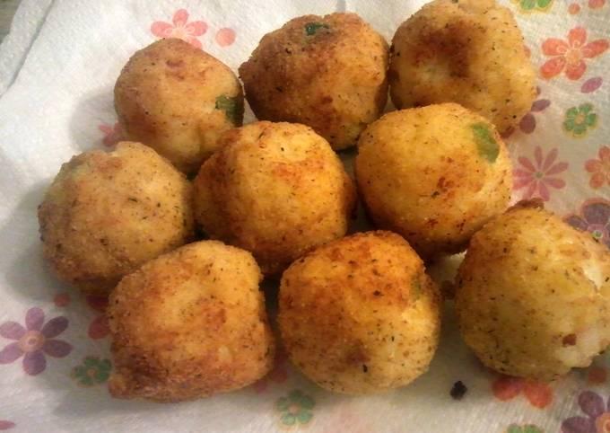 Cheesy Arancini Rice Balls