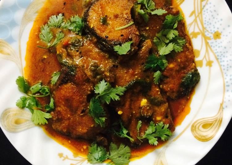 Steps to Prepare Top-Rated Rui Macher Kalia (Rohu fish curry)