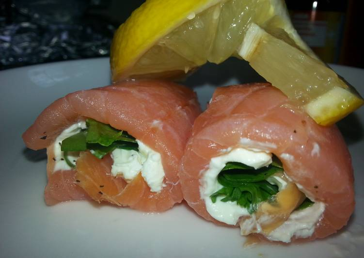 Weezy's Smoked Salmon and cream cheese spirals