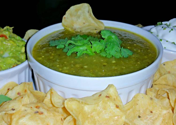Foods That Make Your Mood Better Mike's Very Verde Salsa