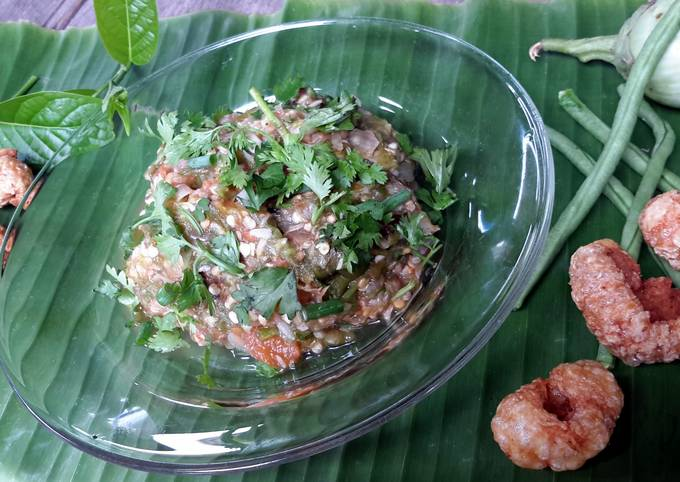 Naam Prik Noom / Thai Green Chile Dip
