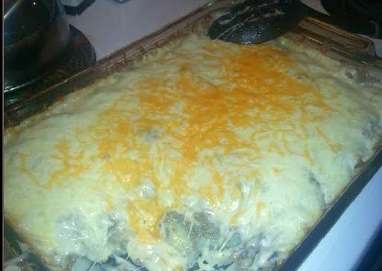 Easiest Way to Prepare Homemade Hamburger Casserole
