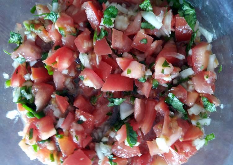 Easy Garden Fresh Salsa