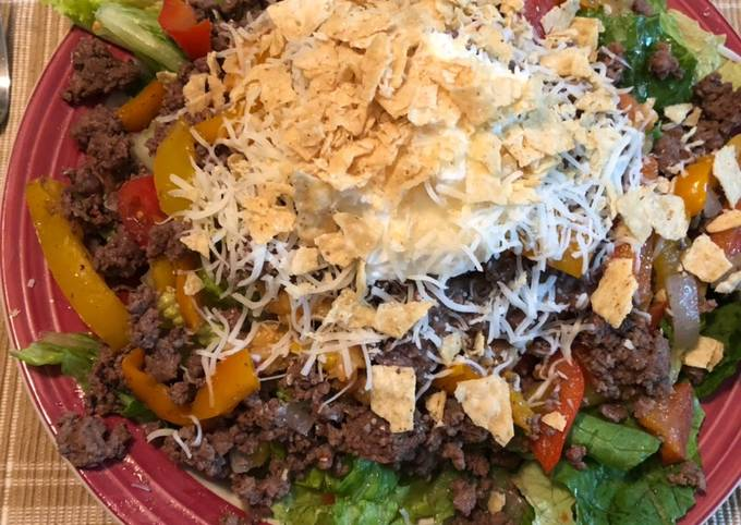Beef taco salad recipe main photo
