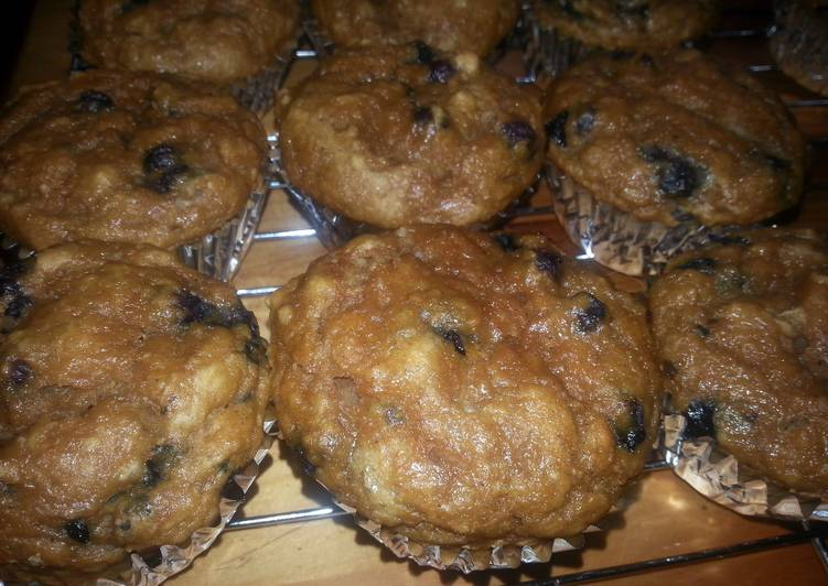 How to Make Perfect Blueberry Pumpkin Muffins
