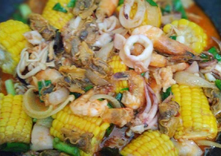 Mix Seafood Saus Padang