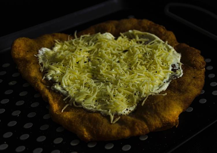 """Langos"" The Hungarian fried bread"