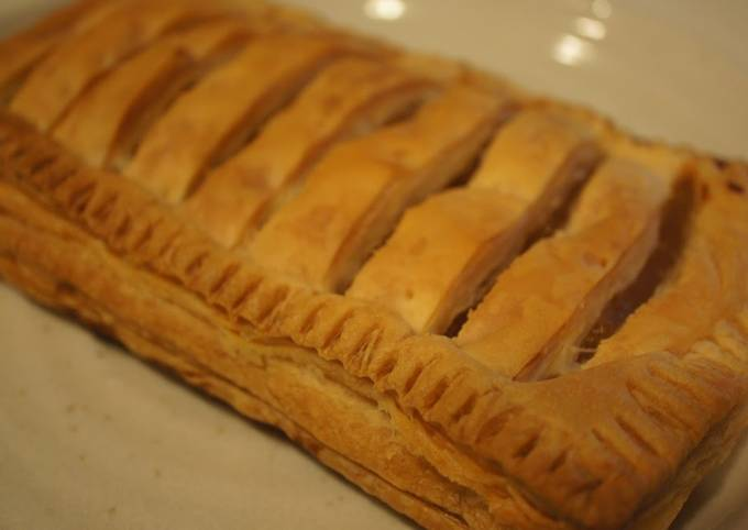 How to Prepare Delicious Easy Apple Pie Made with Frozen Puff Pastry.