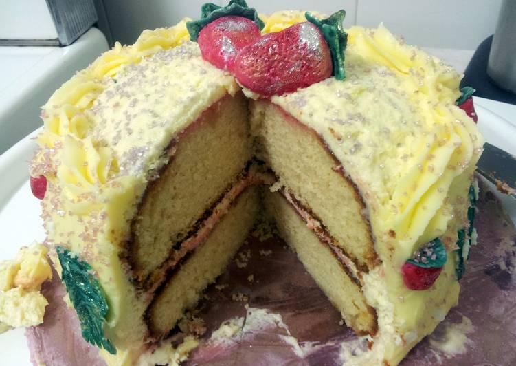 Easiest Way to Make Perfect Kerry's Strawberry Cream Vanilla Cake