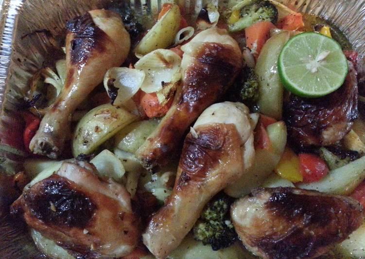 Roasted Chicken with Vegetables. Tender & Juicy