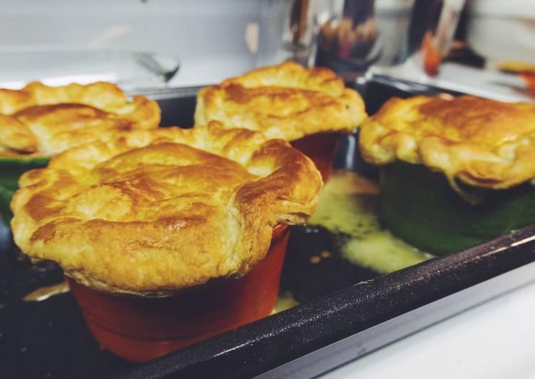 Simple Way to Prepare Homemade Chicken Pot Pie