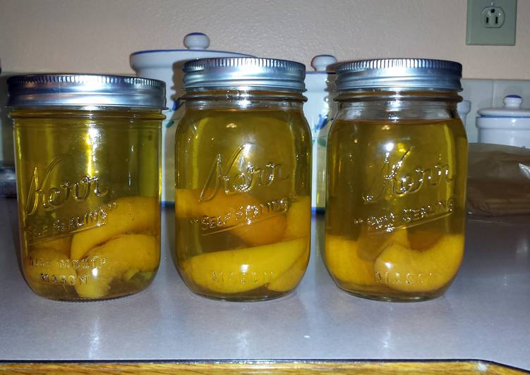 JRs Peach pie moonshine