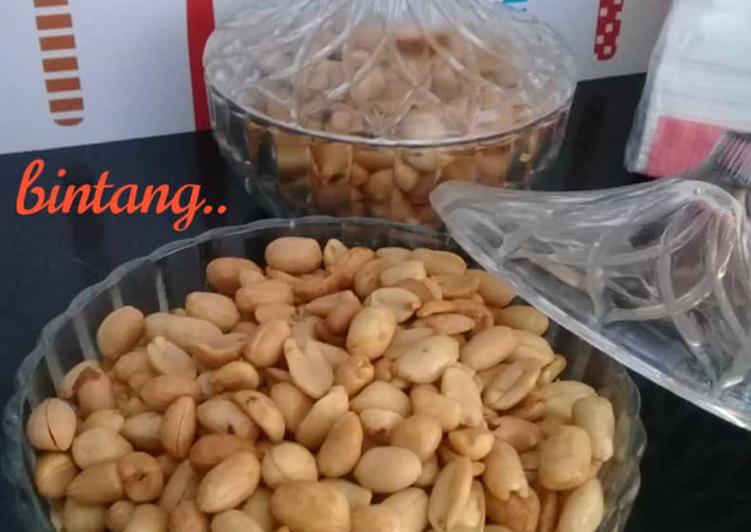 Kacang goreng bumbu bawang kunyit gurih