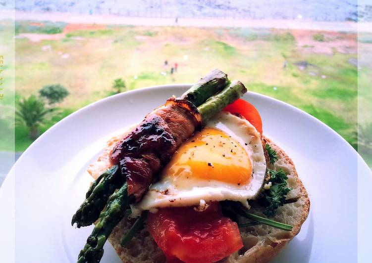 How to Cook Yummy CARAMELIZED BACON, ASPARAGUS, EGG, TOMATO AND MIXED PEPPERS