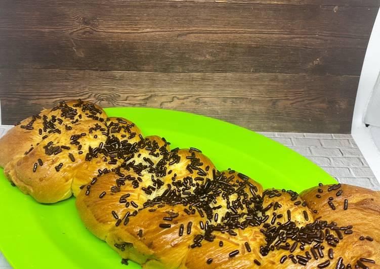 Roti Sobek Coklat