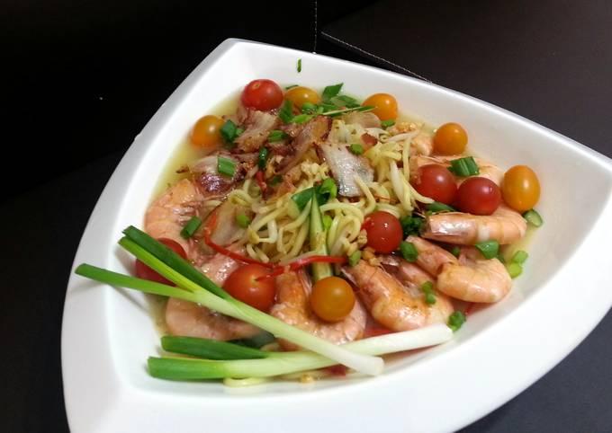 Seafood Noodle Soup / White Hokkien Mee
