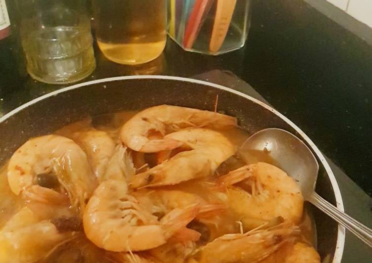 Paprika shrimps in coconut milk/cream sauce