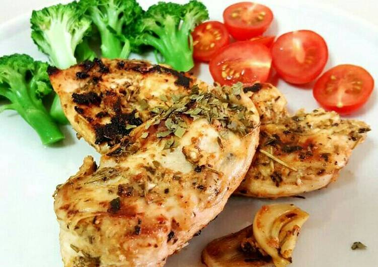 Steps to Prepare Favorite Rosemary garlic Chicken Breast