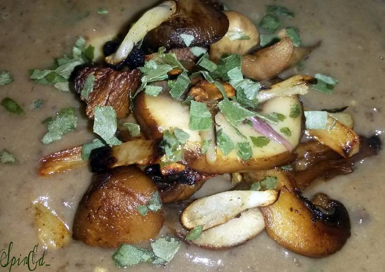 Sig's Cream of Puy Lentil,Garlic and Porcini Mushroom soup