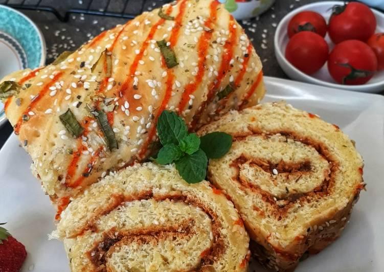 Roti Abon Gulung Menul-menul