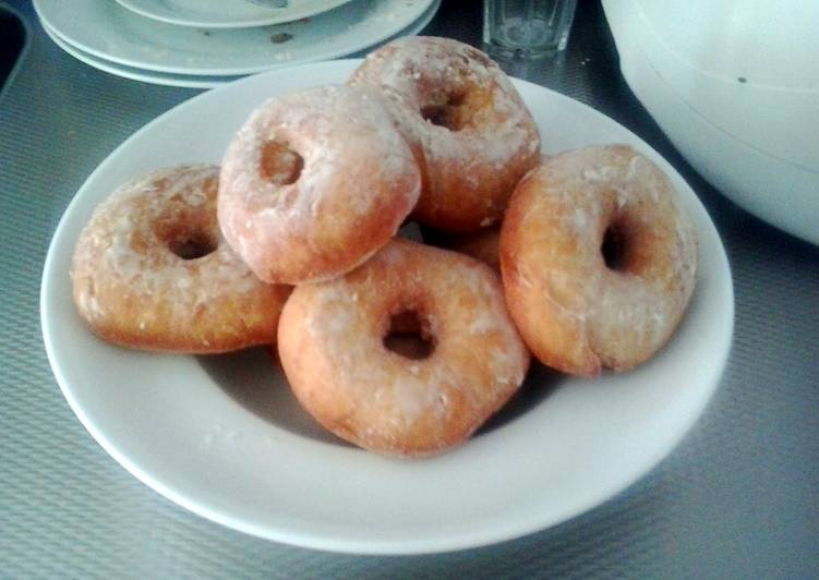 Easy Donuts.
