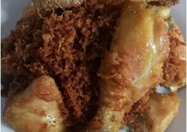 Ayam serundeng kelapa - cookandrecipe.com