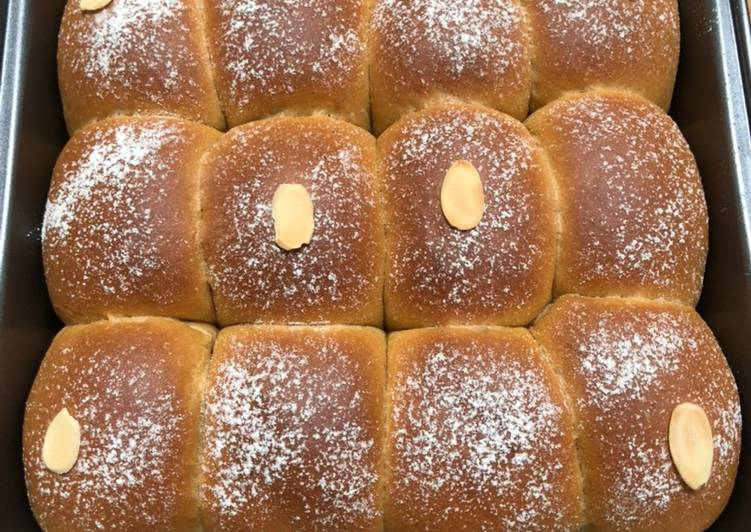Milk Coffee Bun / Roti Kopi Susu