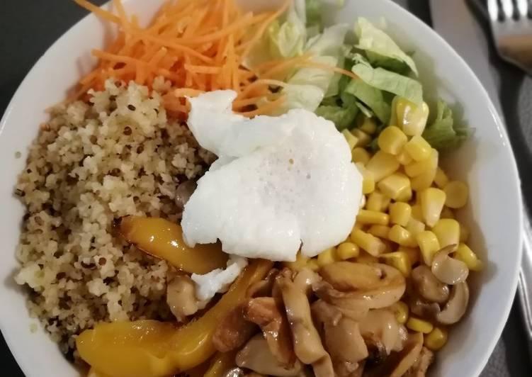 La Recette Pas à Pas Salade bowl œuf poché légumes