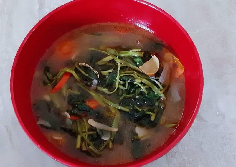Sayur kangkung segerr (asem seger)