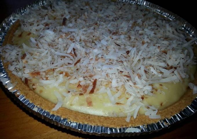 Recipe: Appetizing Coconut Custard Cream Pie