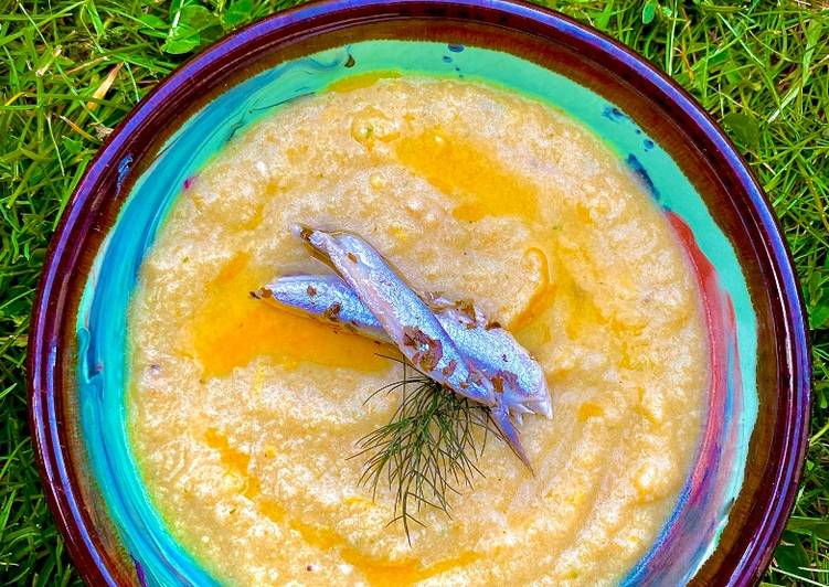 Step-by-Step Guide to Prepare Homemade Salmorejo con Pide
