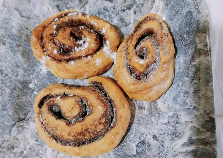 Easiest Way to Prepare Appetizing Cinnamon roll