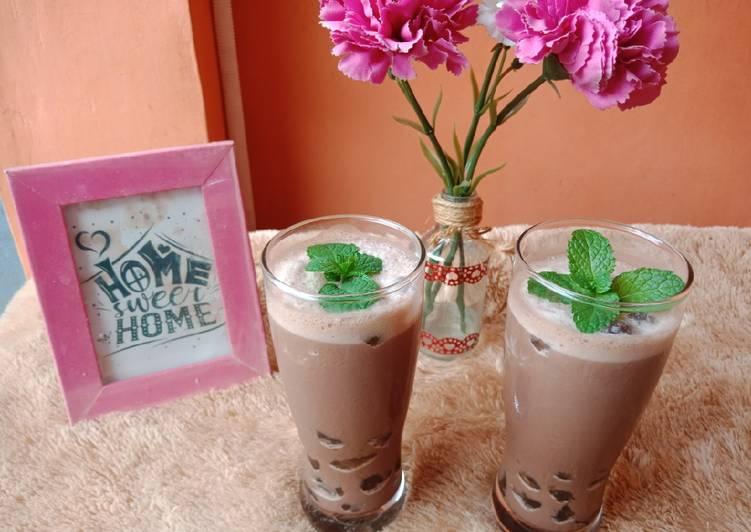 Langkah Mudah untuk Membuat Ice Coffee Boba Anti Gagal