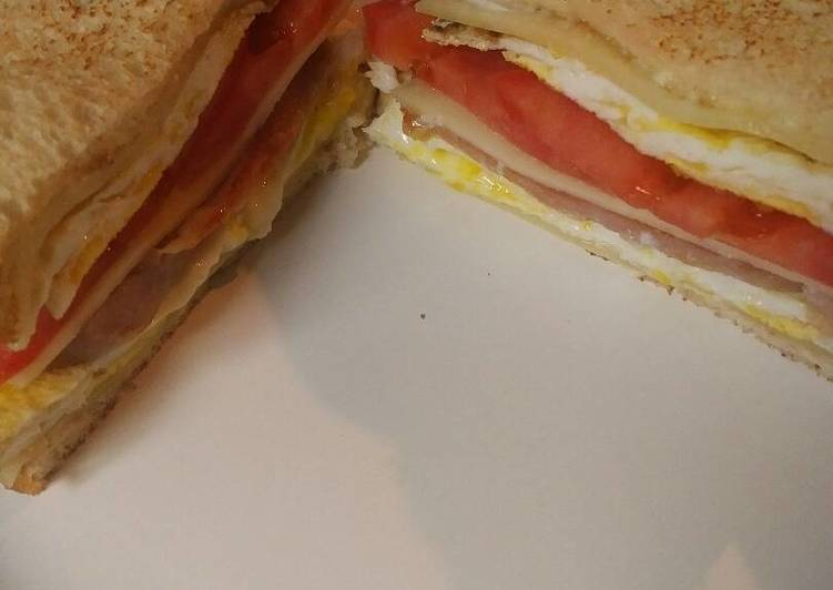 Easy Recipe: Yummy Spam and Eggs on Toasted Bread