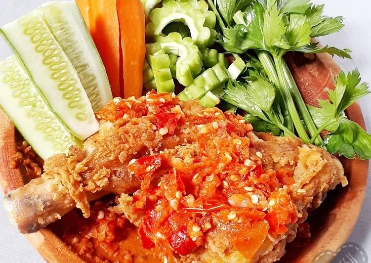 Penyetan Ayam & Lalapan