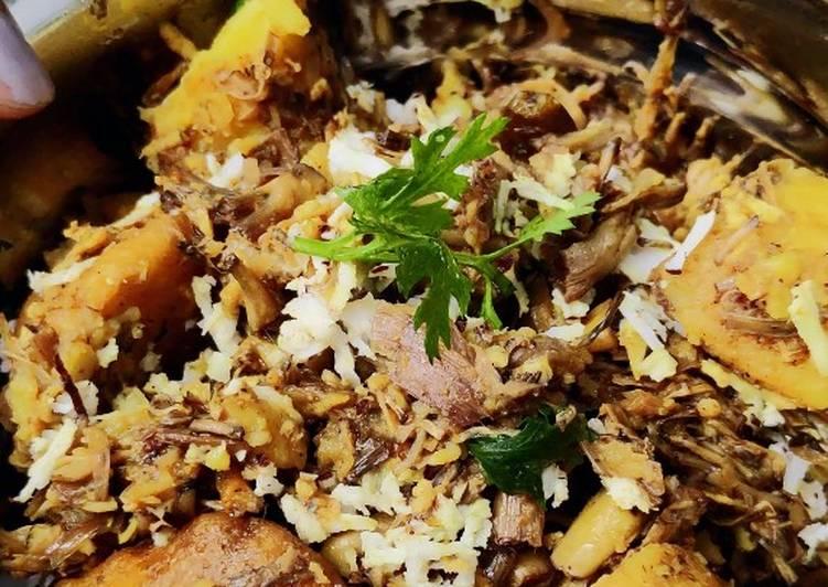 Recipe of Most Popular Mocha(banana flower) narikel (coconut) chochori