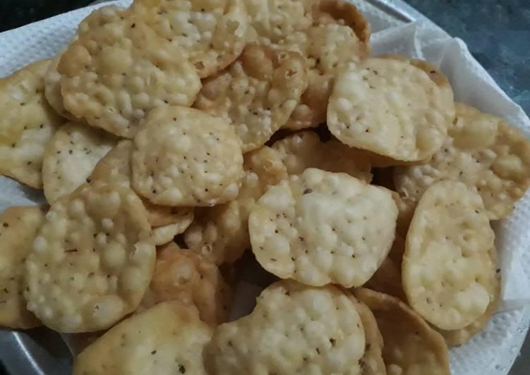 Recipe of Any-night-of-the-week Ajwain papdi