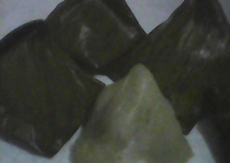 4.Kue Bugis - cookandrecipe.com