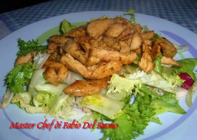 #ricetteatempoStraccetti Petto Pollo serviti su Insalata Mista
