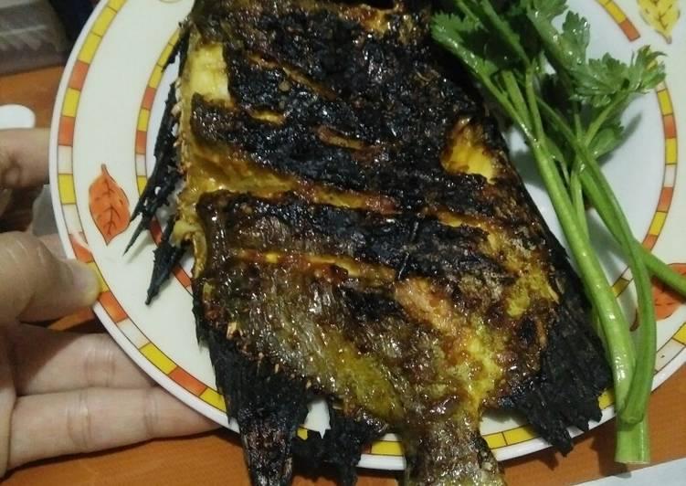 Ikan baronang bakar