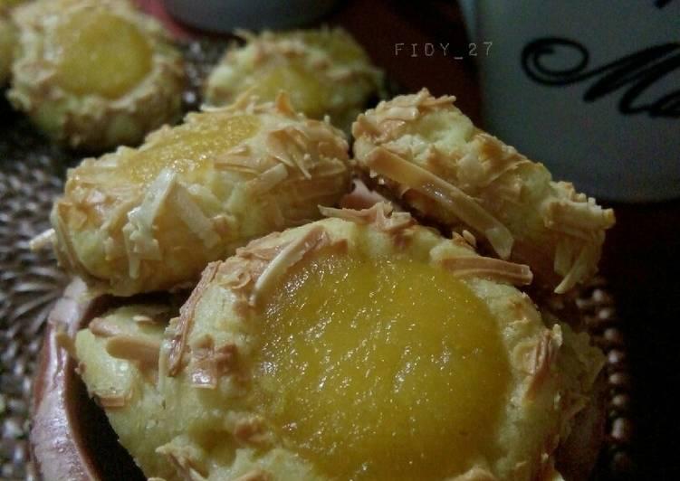 Orange Curd Thumbprint Cookies
