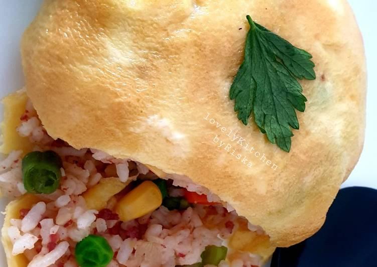OMURICE CORNET (Omelette Rice Cornet)